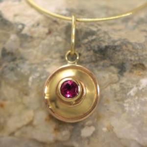 Gold Necklace with Pink Tourmaline